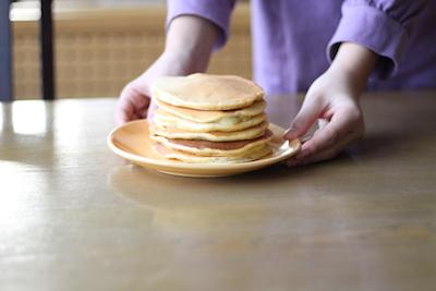 整理収納で時間のゆとり 朝食に家族でパンケーキ作り
